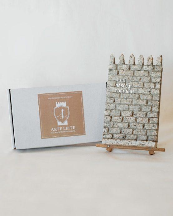 """Torre de Alfândega """"Aqui Nasceu Portugal"""""""